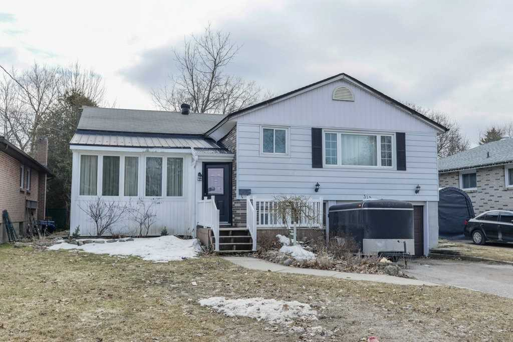 pictures of house for sale MLS: S4733002 located at 315 Scott St, Midland L4R2M9