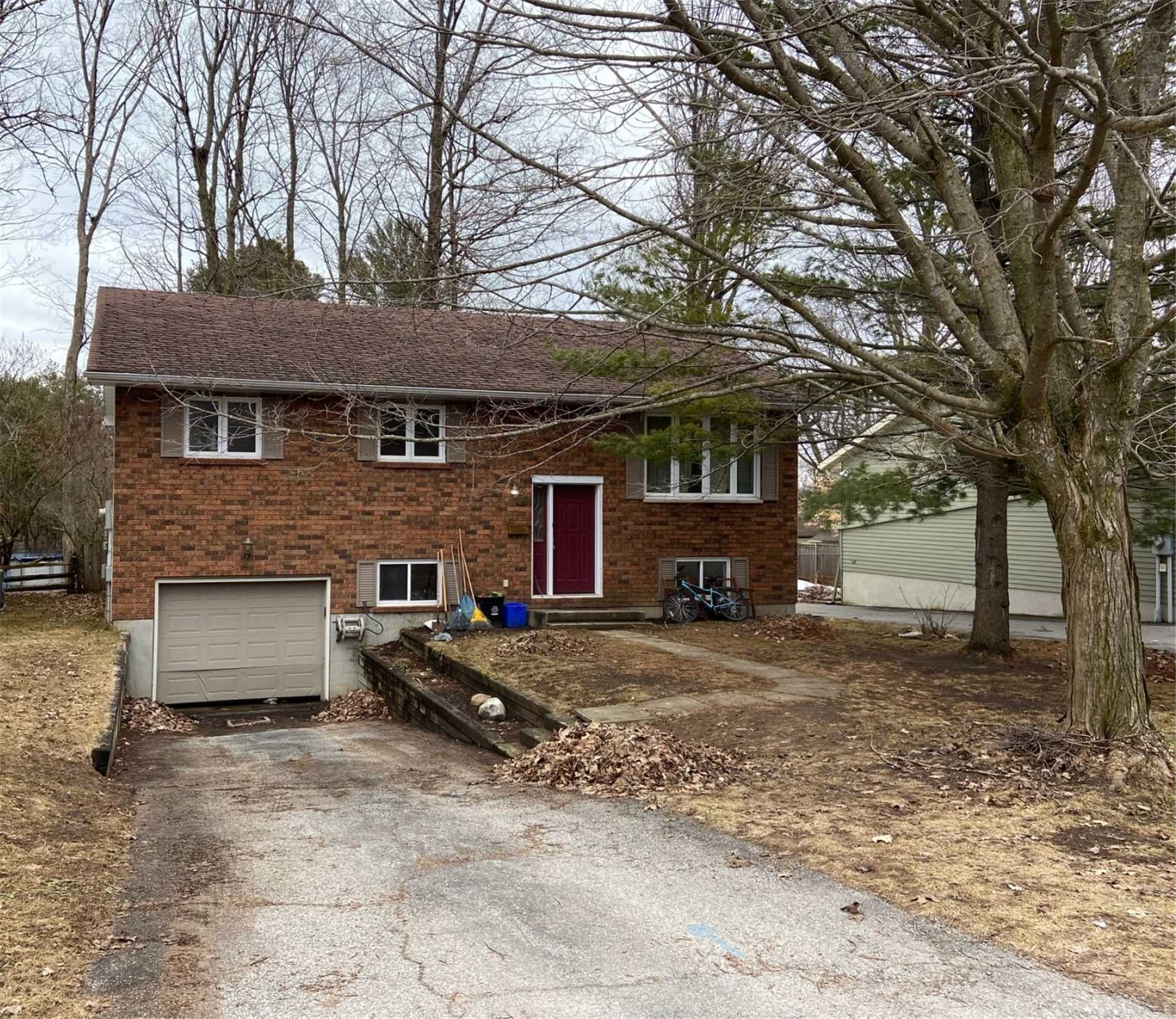 pictures of house for sale MLS: S4734805 located at 24 Free Dr, Orillia L3V4B2