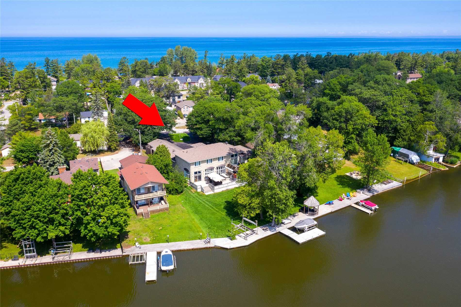 pictures of house for sale MLS: S4858825 located at 211 Old Mosley St, Wasaga Beach L9Z2J2