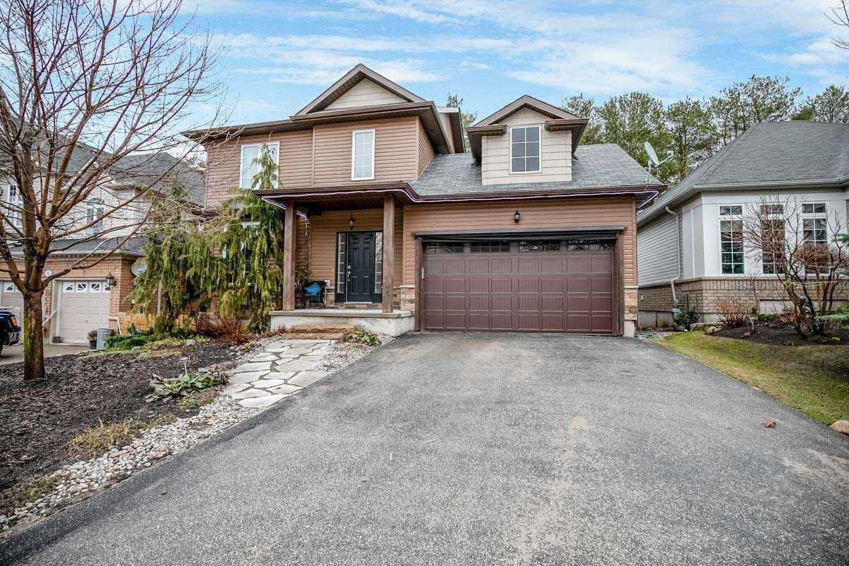 pictures of house for sale MLS: S4974119 located at 11 Oakmont Ave, Oro-Medonte L0L2L0