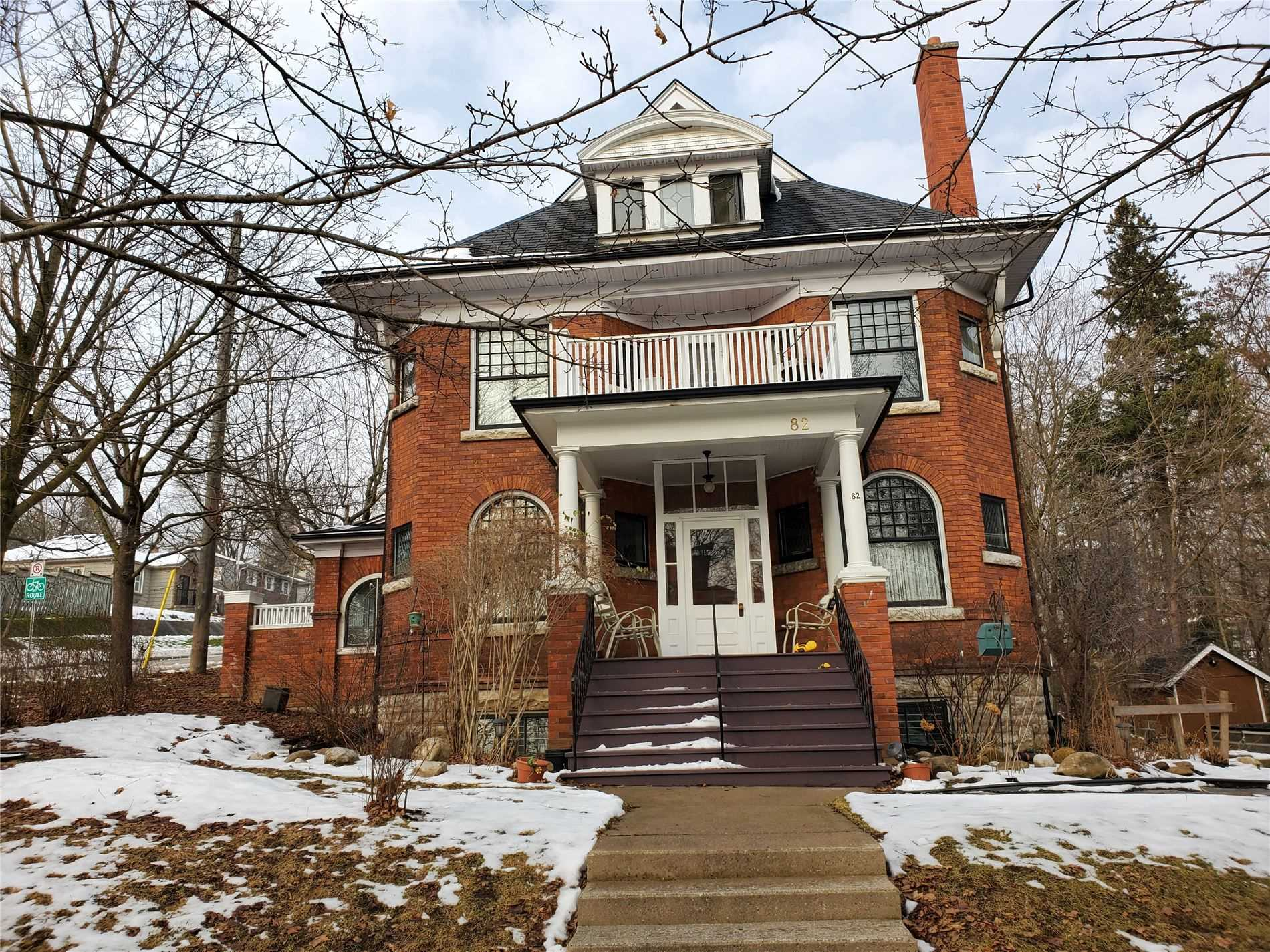 pictures of house for sale MLS: S5067854 located at 82 Tecumseth St, Orillia L3V1Y2