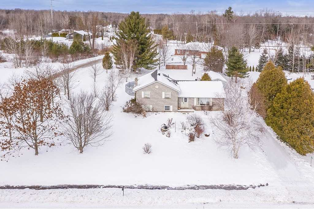 pictures of house for sale MLS: S5072700 located at 5174 Concession 5 Rr #1 Rd, Clearview L0M1A6