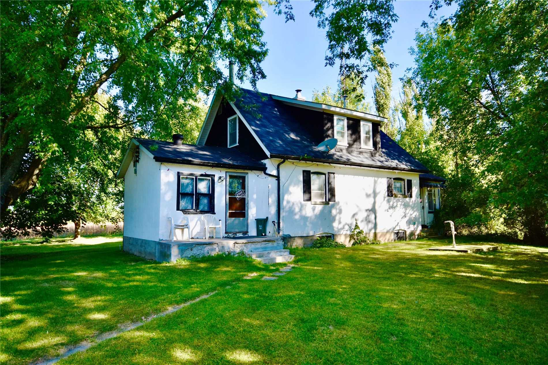 pictures of house for sale MLS: S5076515 located at 3810 Highway 169, Ramara L0K1B0