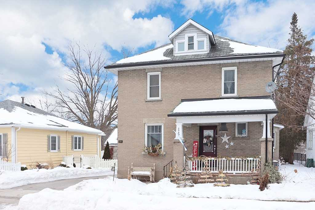 pictures of house for sale MLS: S5085816 located at 206 Weir St, Clearview L0M1S0