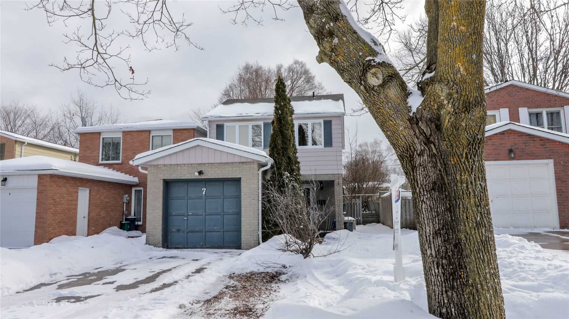 pictures of house for sale MLS: S5091821 located at 7 Baltimore Rd, Barrie L4M5M6