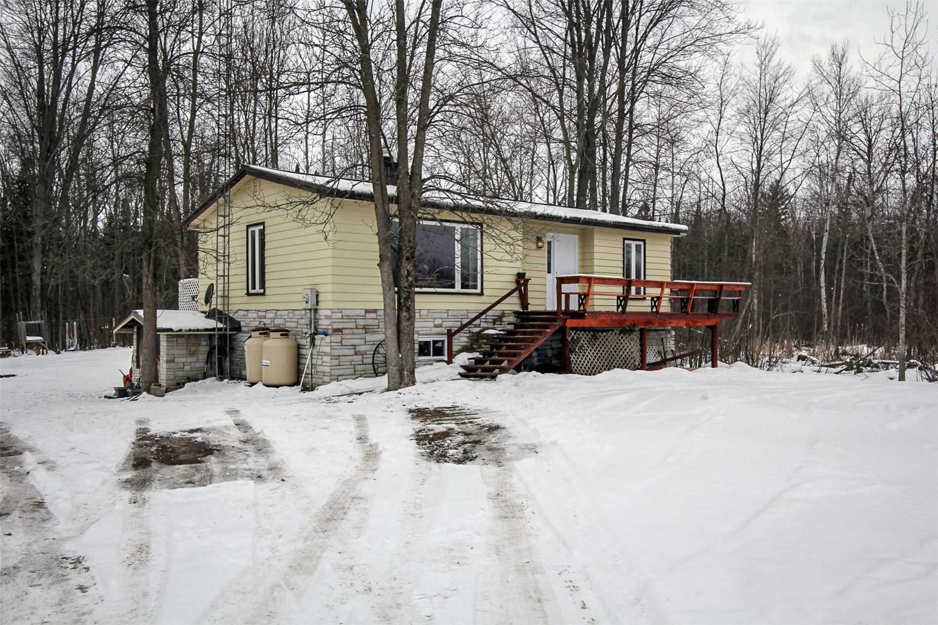 pictures of house for sale MLS: S5093765 located at 2416 George Johnston Rd, Springwater L9X1C2