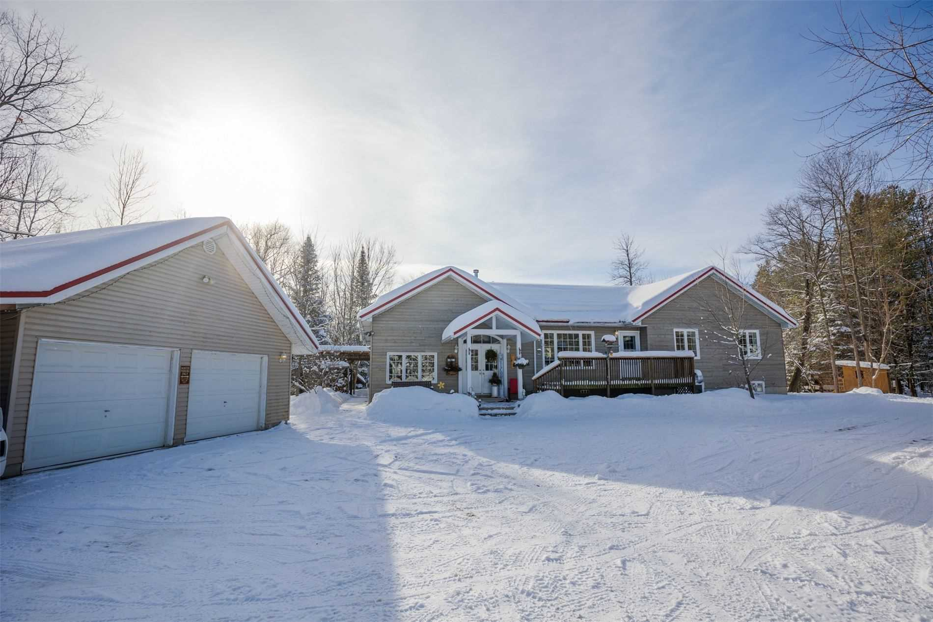 pictures of house for sale MLS: S5102797 located at 1930 Gratrix Rd, Tay L0K2C0