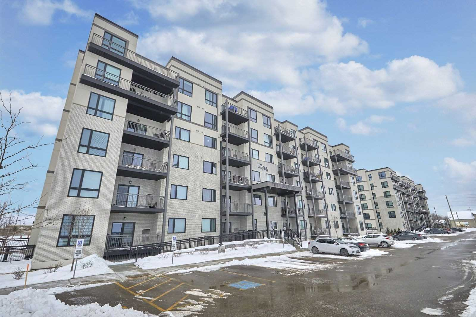 pictures of 299 Cundles Rd E, Barrie L4M4S5