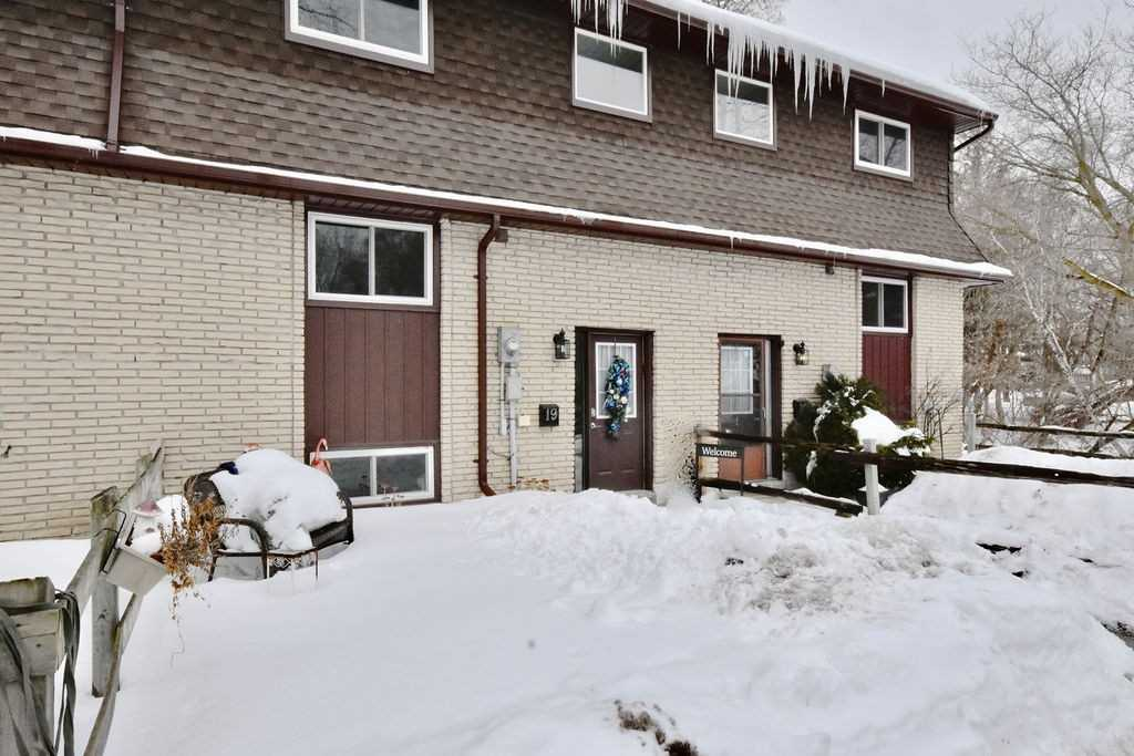 pictures of 233 Innisfil St, Barrie L4N3E9
