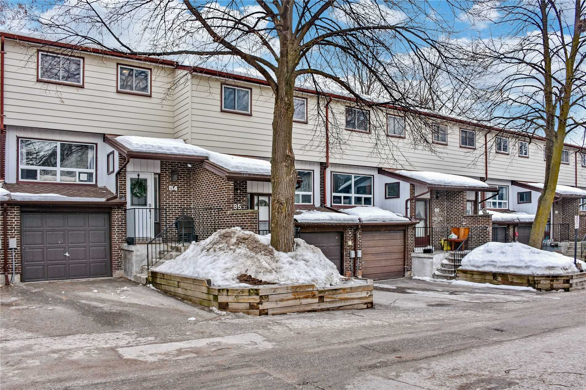 pictures of 63 Ferris Lane, Barrie L4M5C4