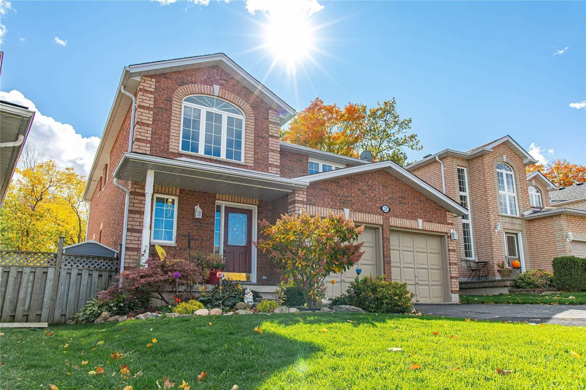 pictures of 21 Stollar Blvd, Barrie L4M6N8