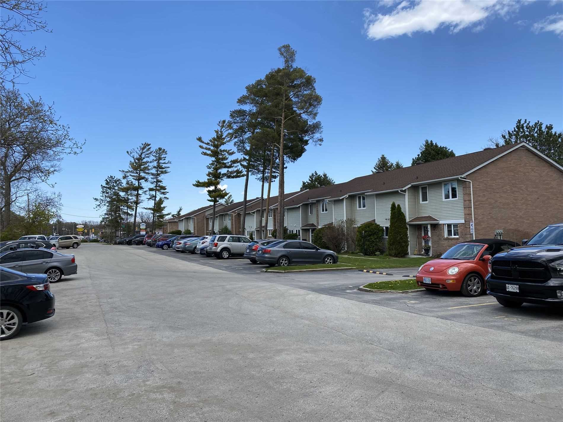 pictures of 39 28th St S, Wasaga Beach L9Z2E4