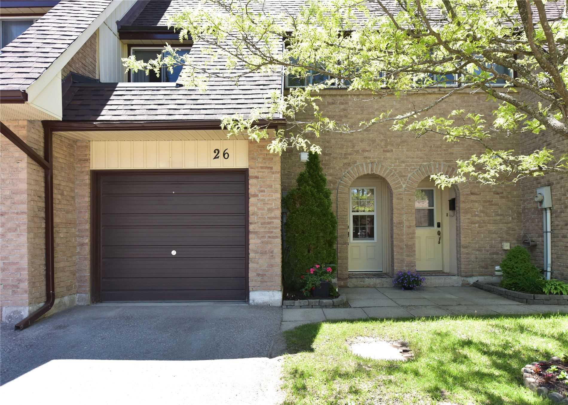 pictures of 67 Fittons Rd E, Orillia L3V2J2