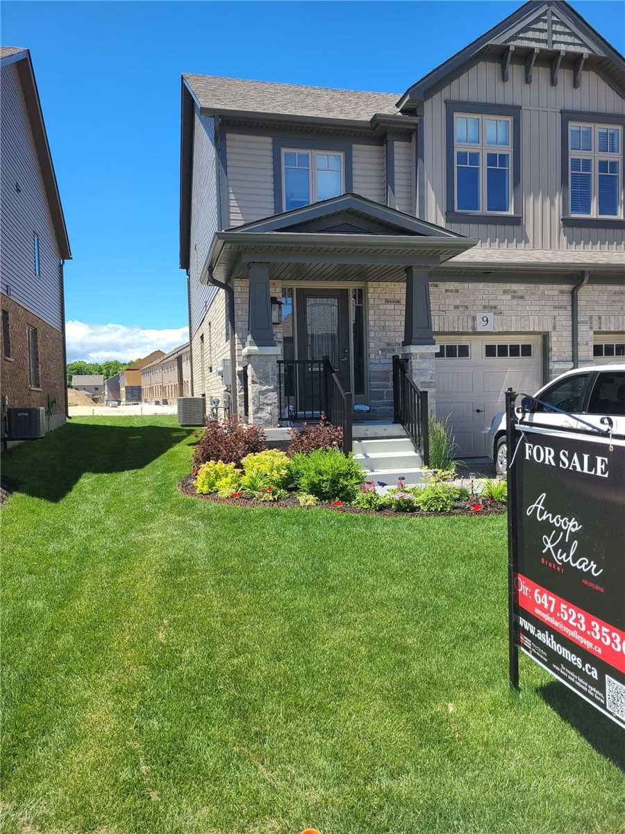 pictures of 9 Foley Cres, Collingwood L9Y3B7