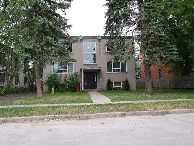 pictures of 151 Cumberland St, Barrie L4N2P9