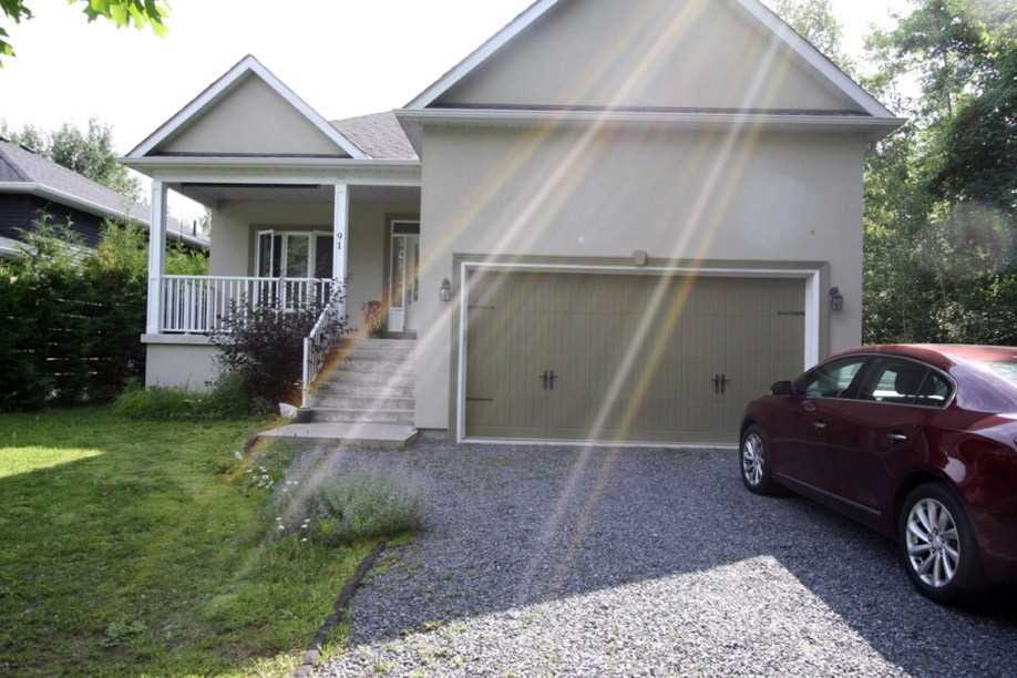 pictures of 91 61st Street St S, Wasaga Beach L9Z2Z3