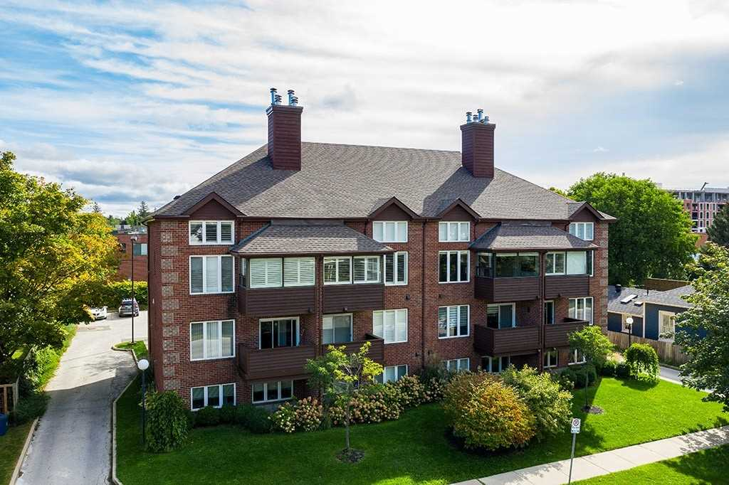 pictures of 215 Pine St, Collingwood L9Y2P3