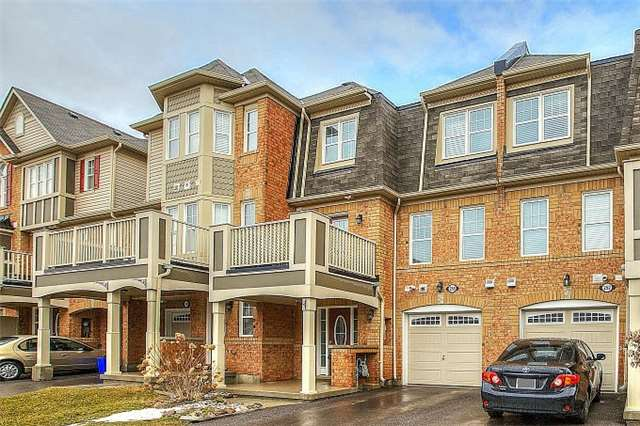 pictures of 250 Mortimer Cres, Milton L9T8N7