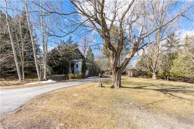 pictures of 1876 Queen St E, Caledon L7K2N6