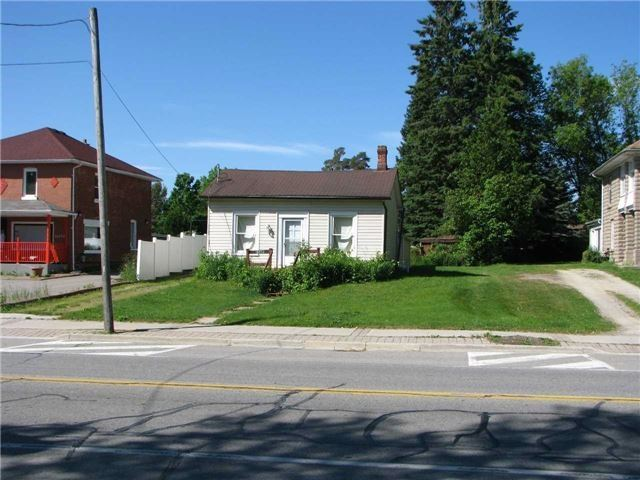 pictures of 16054 Airport Rd, Caledon L7C1G4