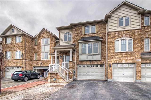 pictures of 3053 Highvalley Rd, Oakville L6M 5H4