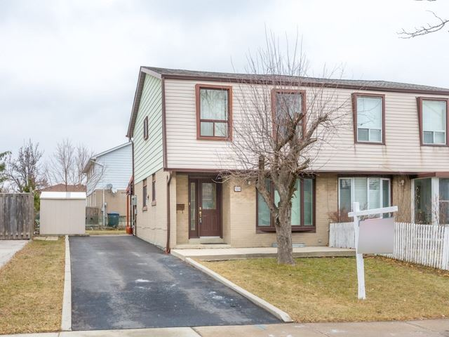 pictures of 7273 Collett Rd, Mississauga L4T2H8