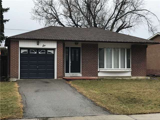 pictures of 6 Aberdeen Cres, Brampton L6T2P9