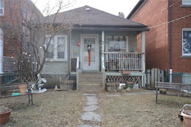 pictures of 3 White Ave, Toronto M6N1S7