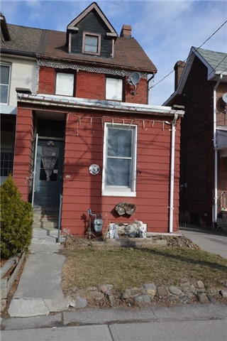 pictures of 154 Maria St, Toronto M6P1W4