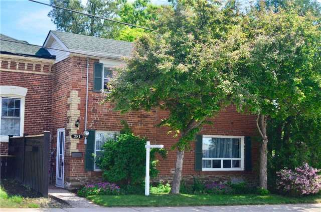 pictures of 281 Victoria St, Mississauga L5M1J9