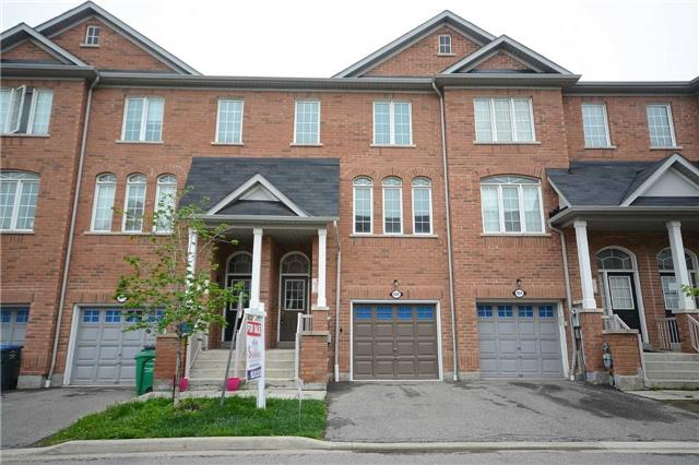 pictures of 402 Aspendale Cres, Mississauga L5W0E7