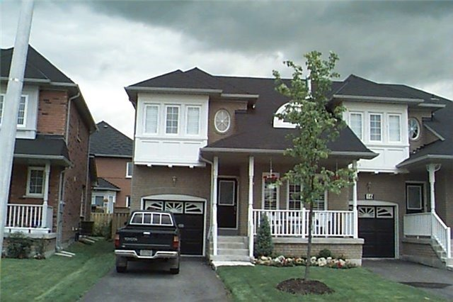 pictures of 14 Giraffe Ave, Brampton L6R1Y8