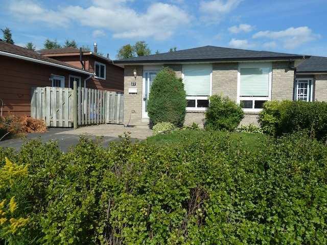 pictures of 37 Dawson Rd, Orangeville L9W3T9
