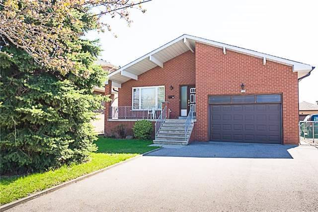 pictures of 4166 Wilcox Rd, Mississauga L4Z1C1