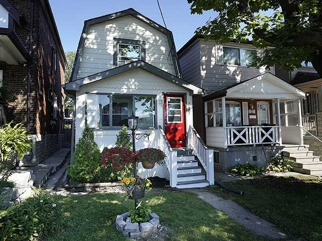 pictures of 325 Mcroberts Ave, Toronto M6E4R1