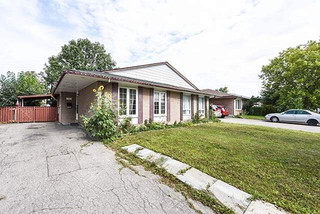 pictures of 7295 Sills Rd, Mississauga L4T2K2
