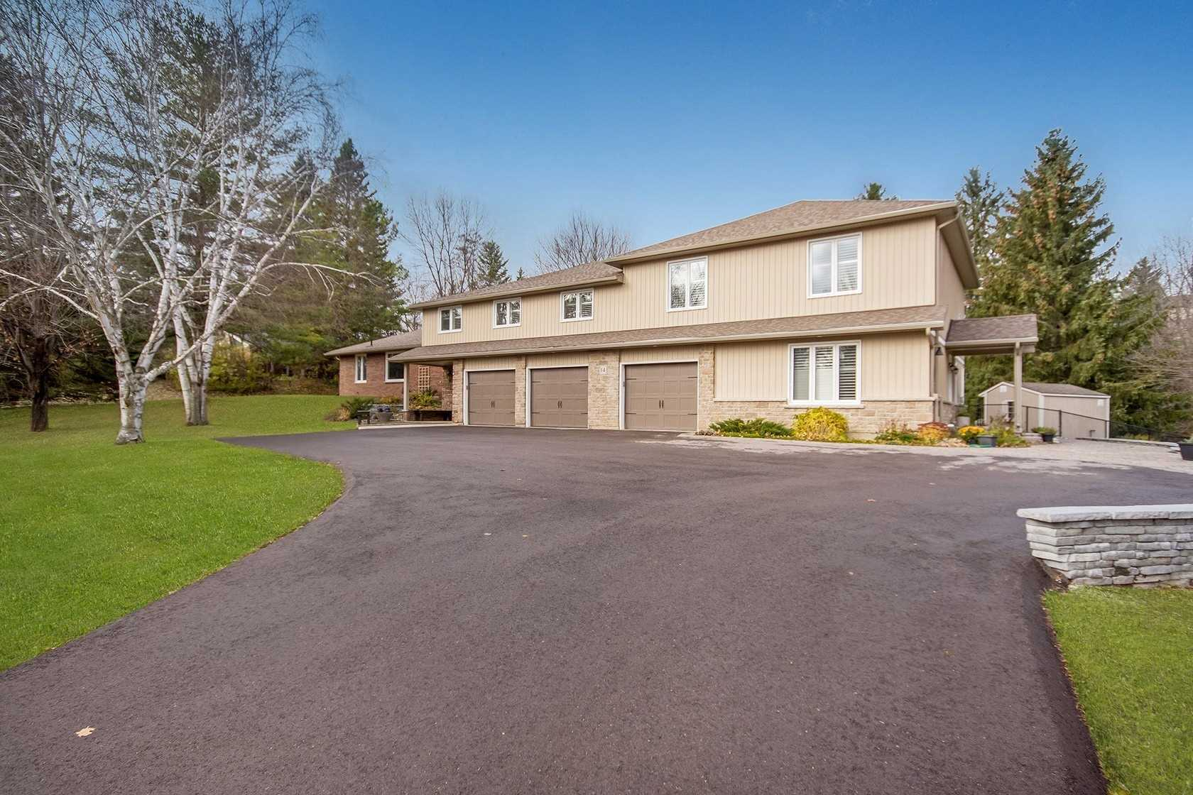 pictures of 14 Albion Hills Dr, Caledon L7E3T3