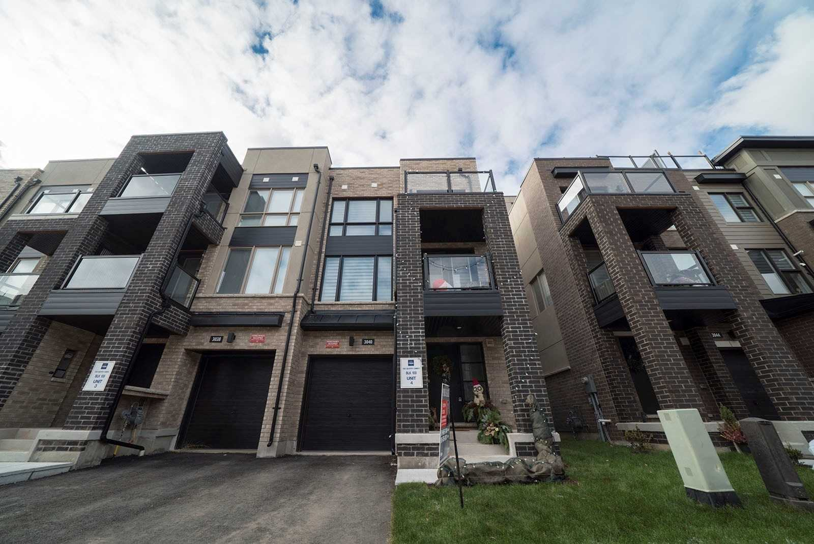 pictures of 3040 Silvertip Common, Oakville L6H0R9