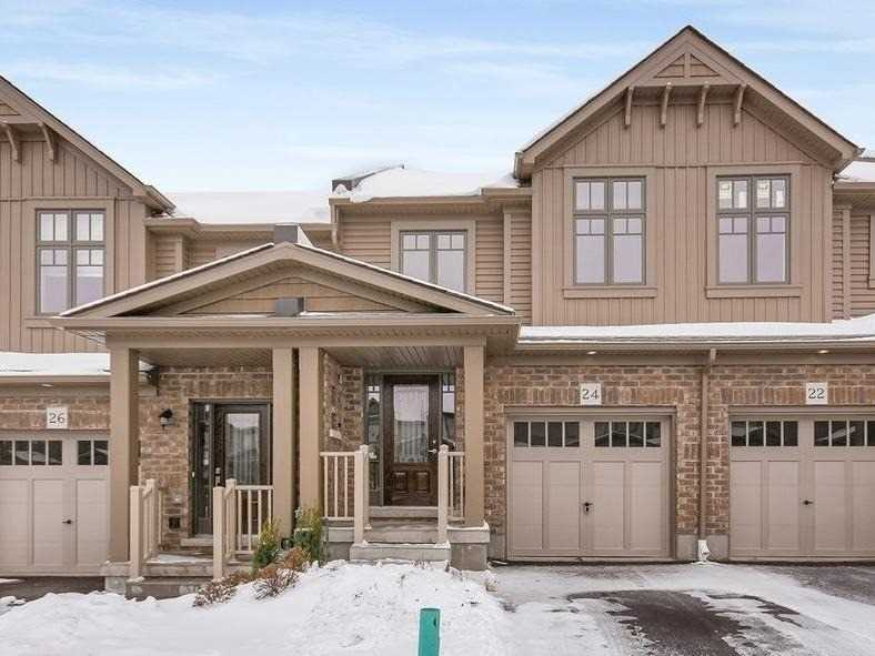 pictures of 24 Winterton Crt, Orangeville L9W 7N5