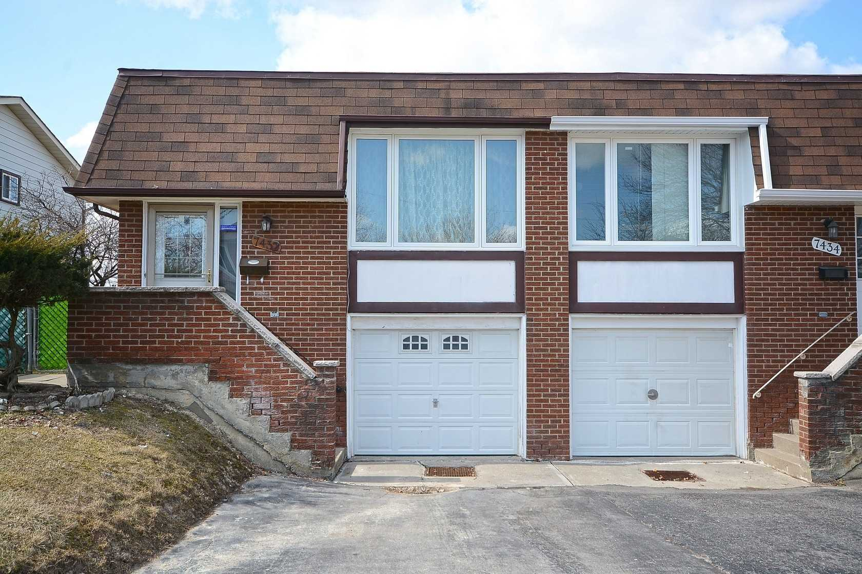 pictures of 7354 Bybrook Dr, Mississauga L4T3R2