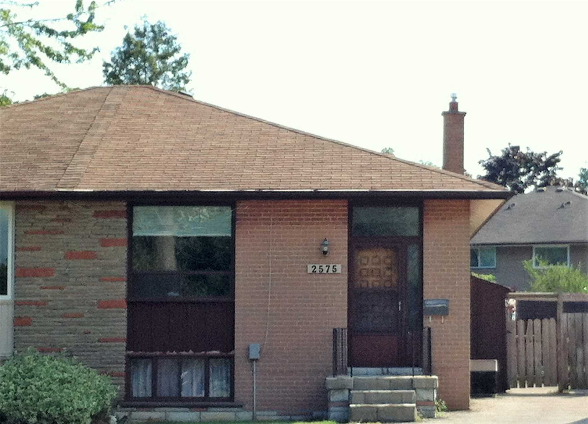 pictures of 2575 Padstow Cres, Mississauga L5J2G2