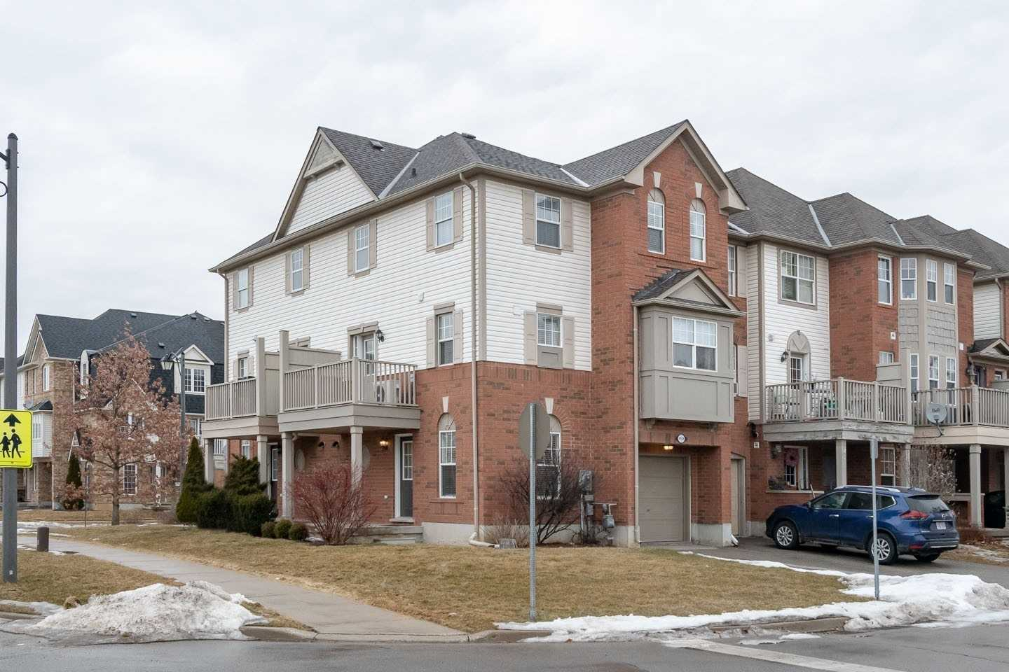 pictures of 1151 Mcdowell Cres, Milton L9T 6R6