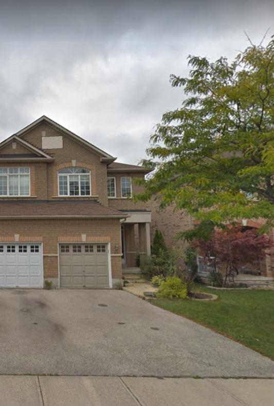 pictures of 53 Woodhaven Dr, Brampton L7A1Y8