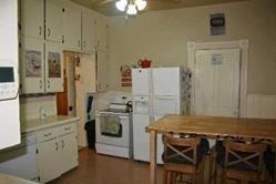 Image 5 of 9 showing inside of 3 Bedroom Semi-Detached 3-Storey house for sale at 18 Wellington St, Orangeville L9W2L5