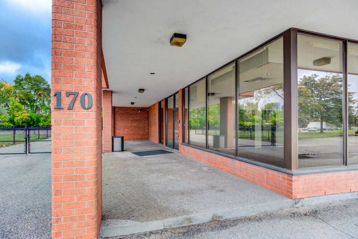pictures of 170 Evans Ave, Toronto M8Z1J7