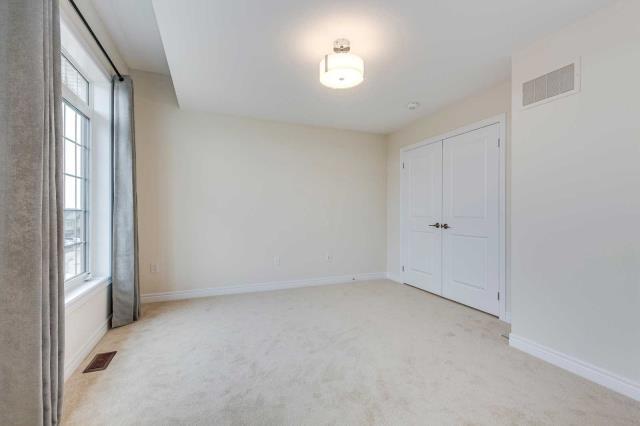 3209 William Coltson Ave Oakville L6h0x1 4 Bedroom Att