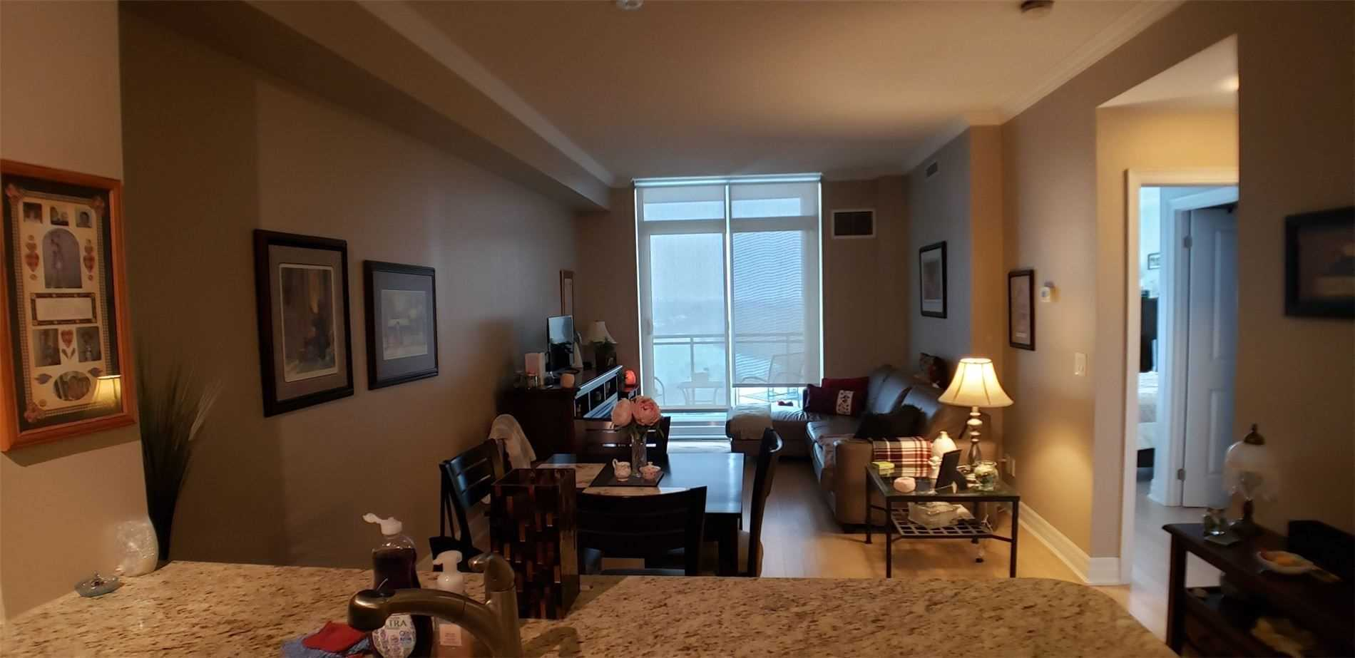 Image 14 of 15 showing inside of 1 Bedroom Condo Apt Apartment for Sale at 100 John St Unit# 803, Brampton L6W0A8