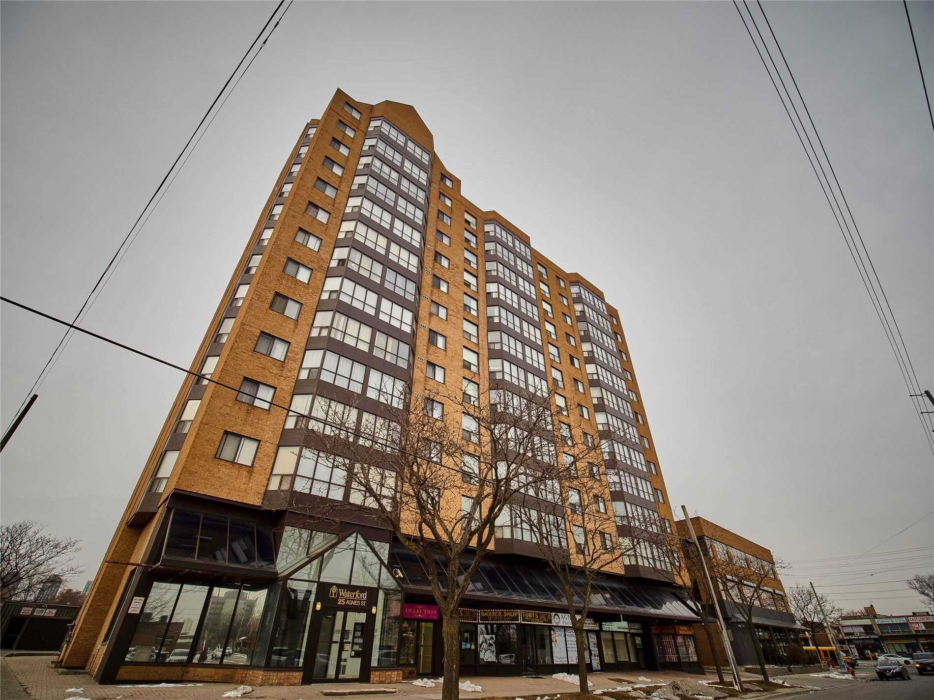 pictures of 25 Agnes St, Mississauga L5B3X7