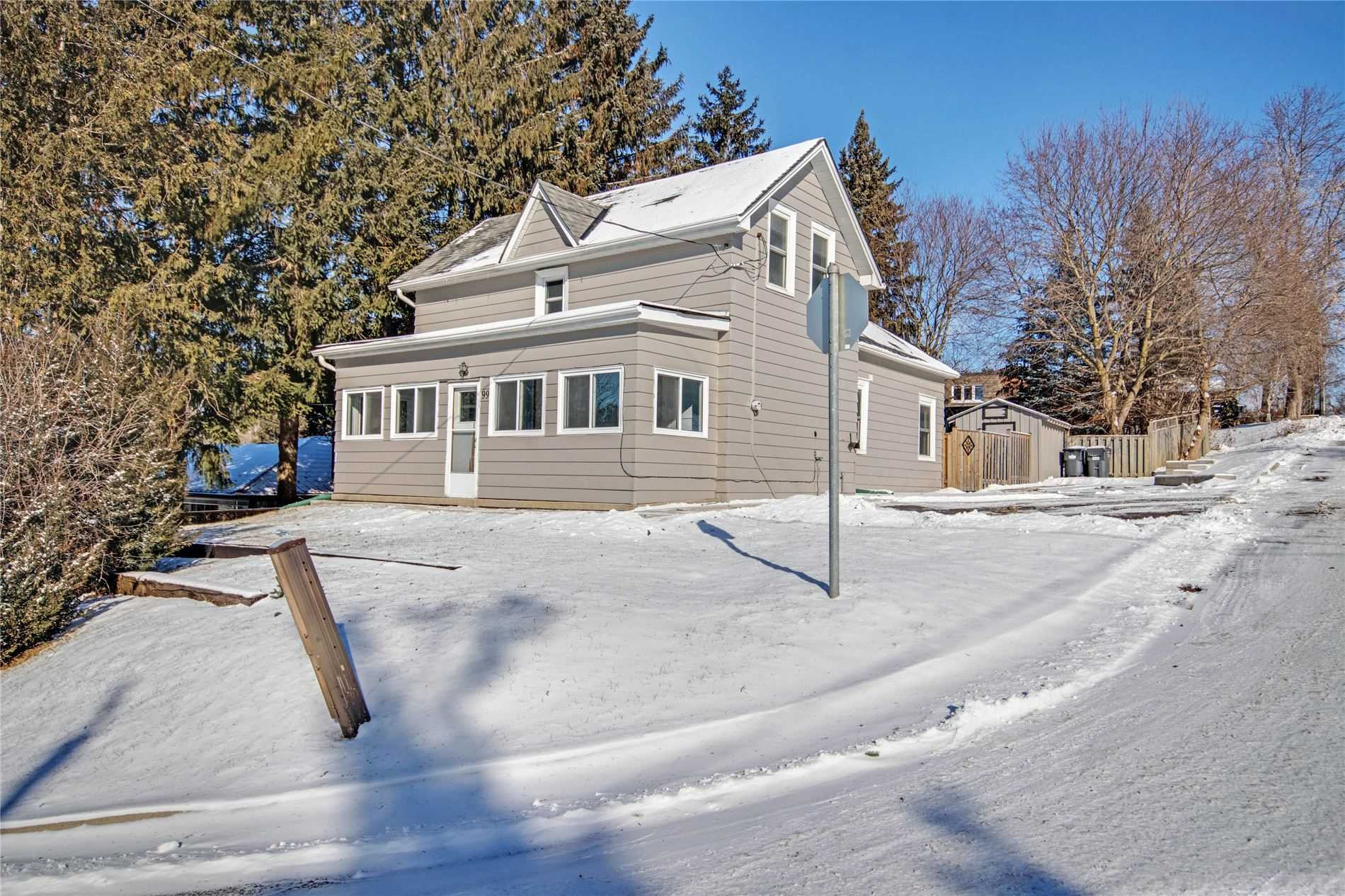 pictures of house for sale MLS: W4692092 located at 99 John St, Caledon L7E3H4