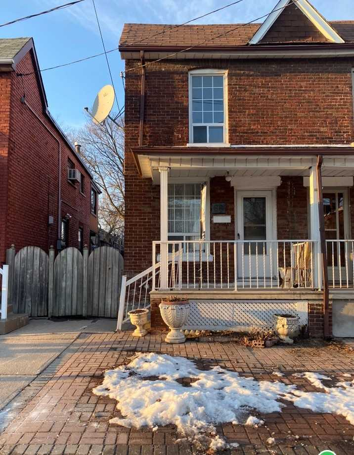pictures of house for sale MLS: W4694337 located at 66 Brandon Ave, Toronto M6H2E1